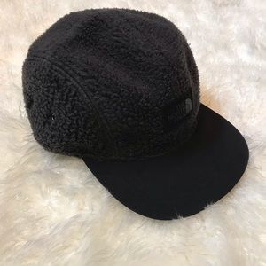 The North Face Sherpa Fleece Crusher Hat/Cap 🧢